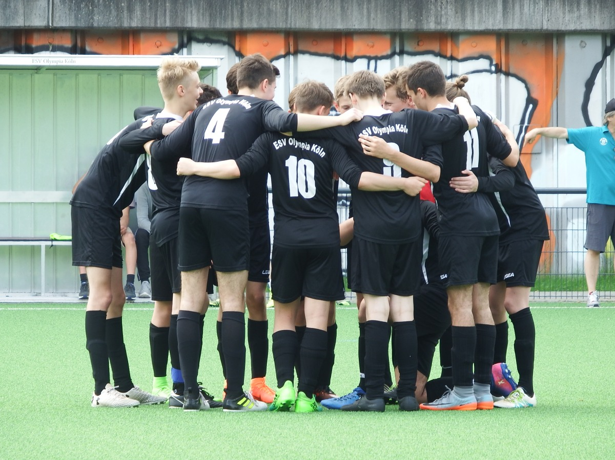 ESV Olympia Koeln – Exciting SoccerMatch!
